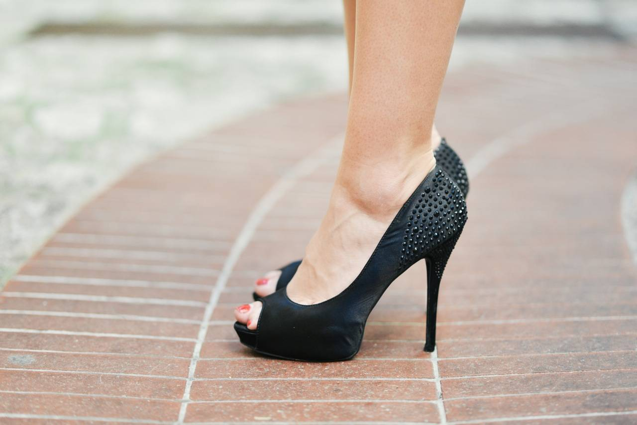 How DOLE's New Ban on Forced Wearing of High Heels Protects Female Employees